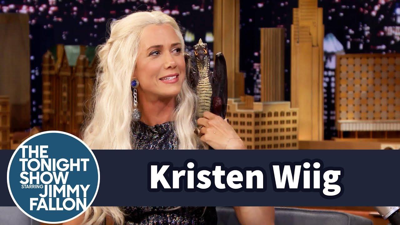 Jimmy Interviews Khaleesi from Game of Thrones (Kristen Wiig) thumbnail