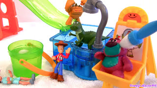 "When Cars play with toystory toys. Disneycollector presents Disney Pixar Toy Story Slide & Surprise Color Splash Buddies playset using Cars Color Changers of Disney Pixar. Create color changing designs at the art paint station with the foam paintbrush. Tilt the water barrel over with the lever and send cars down the slide into the pool. Drop figures from the platform into icy-water dumpster. Includes one Color Splash Buddy Woody figure. Splashing n sliding the day away at Sunnyside.. In this video i'm also showing the Pixar Cars color changers lightning mcqueen, sally, mater and ramone. 746775074449. Thx 4 watching Disneycollector.  Revision de juguete de Il mondo dei giocattoli. Woody y Buzz  cambian de color al mojarlos en agua fría o caliente. Hay 3 zonas para cambiar el color: una piscina de agua caliente con tobogán y ducha, una piscina de agua fría y un caballete con un cubo de agua helada y un pincel. Te enseñaré los divertidos cambios de color que puedes hacer a tus personajes favoritos de Toy Story con este fantástico juguete para ninos. 746775074449.  Music from Kevin MacLeod.  Here's how Color-Changers is called in other languages: colour shifters, cambia de color, Change de Couleur, Verändert die Farbe, Cambia Colore, Kleurverandering, muda de Cor, Ändrar Färg, Vaihtaa Väriä, αλλάζει χρώμα, изменения цвета, 변경 색상, 変化の色, thay đổi màu sắc, renk değişimleri, perubahan warna, การเปลี่ยนแปลงของสี, muda colores.  Here's how ""Toy Story"" is called in other languages: Η ιστορία των παιχνιδιών, история игрушек, 토이 스토리, おもちゃの物語, Câu chuyện đồ chơi, cerita mainan, เรื่องของเล่น, Um Mundo de Aventuras, Toy Story Os Rivais, Histoire de jouets, История игрушек, Il mondo dei giocattoli.    Shark Attack Micro Drifters Cars Hot Wheels Color Changers: https://www.youtube.com/watch?v=WjRCdjt-Nfw  Huge Firetruck Red Sprays Water Tomica Cars2 Takara Tomy. https://www.youtube.com/watch?v=E6GA1Q7cVrY  Firetruck Red Hydro-Wheels Sprays Water Carro lanza agua. https://www.youtube.com/watch?v=itN-2PkW4O0  Cookie Monster Pool Party Hydro Wheels Cars Clutchgoneski: https://www.youtube.com/watch?v=SMbNjTXSpCk  Cars Hydro-Wheels Red Sprays Water Firetruck. https://www.youtube.com/watch?v=itN-2PkW4O0  Shark Attack Lightning McQueen Sharknado Eats Cars at:  https://www.youtube.com/watch?v=3awrB-Pde20  Cars2 Color Changers Thomas & Friends at Ironworks Railway. https://www.youtube.com/watch?v=_Z3Yg3MjFaE"