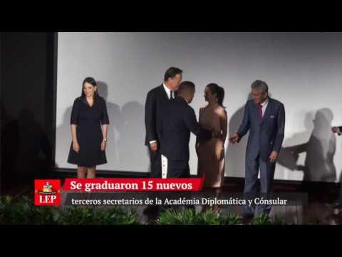 Gradúan nuevos terceros secretarios de la Academia Diplomática