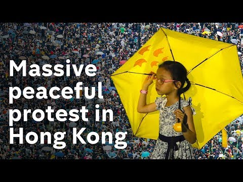 Hong Kong: 1.7 million march for democracy