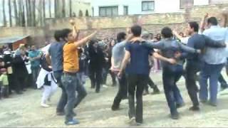 Iran Fasham 2 April 2011 People dancing on last day of eid Nowrooz