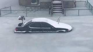 increible-calle-inundada-y-congelada
