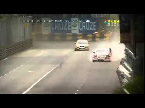 2012 澳門格蘭披治大賽,香港車手丘永材撞車身亡