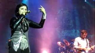 The Cranberries - Schizophrenic Playboys (Live in Boston)