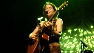 Ani Difranco - The Atom (Live The Forum 29 Oct 2008)