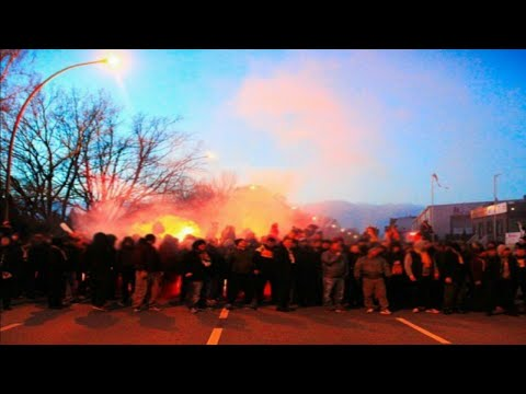 fanmarsch & pyro show Dynamo Dresden away at Hamburger SV 11.02.2019
