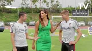 Keane, Gerrard, Husidic and DeLaGarza doing football challenges at LA Galaxy LOOKS LIKE GREAT FUN