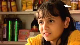 Kipatla - Programa 6, Para más señas. Laura