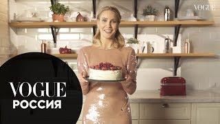 Елена Летучая показывает, как приготовить новогодний торт
