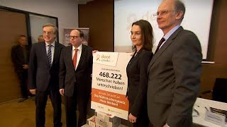 Popular backlash forces government rethink as Austrians mobilise against smoking