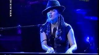 "Alicia Keys - ""How Come You Don't Call Me"" live"