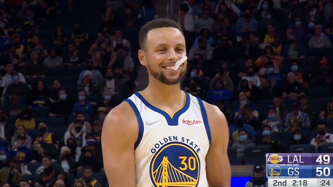 Lebron Jokes He's Never Seen Steph Miss 2 In a Row 😂