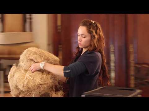 Juliette, tapissier d'ameublement chez Écoute Bergère