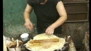 preview picture of video 'Street food in Shanghai 1993 - 1993年の上海(05) 朝ご飯'