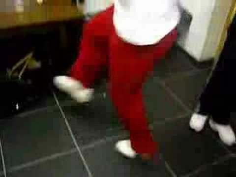 Video still of Patrick Jumpen: Of toch maar hakken deel 2!