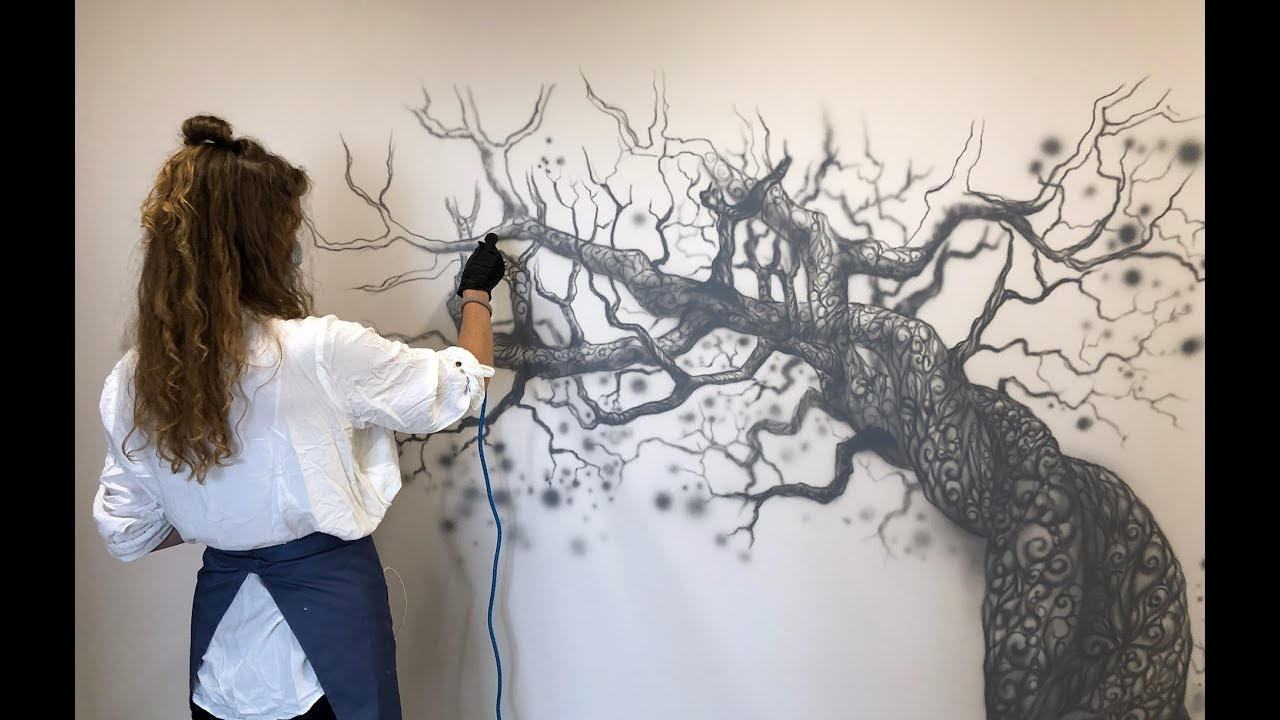 Роспись в интерьере «Кружевные деревья»