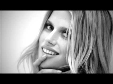 Massimo Dutti Commercial for Massimo Dutti In Black (2013 - 2014) (Television Commercial)