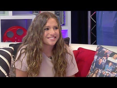 Interviewer FORGETS Mackenzie Ziegler's Name; Mackenzie Reacts
