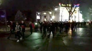 В центре Бишкека болельщики празднуют победу Кыргызстана над Филиппинами