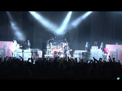Dreadnaut Live at the MTS Centre Dec 5th 2009.mov