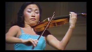 MENDELSSOHN VIOLIN CONCERTO in E minor - KYUNG-WHA CHUNG / SOLTI