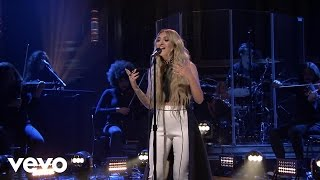 Julia Michaels   Issues (Live From The Tonight Show Starring Jimmy Fallon)