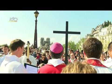 Notre-Dame au coeur du Chemin de Croix