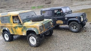 preview picture of video '2 Defender D90 traveling in the sand pit'