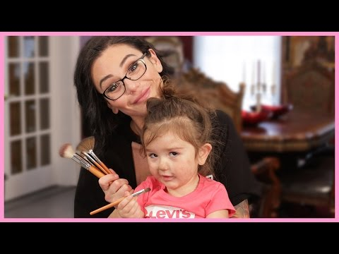 JWOWW's 5-Minute Mommy Makeup with Meilani!