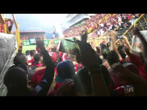 """LDA - DSA | Entrada De La Gloriosa #12"" Barra: La 12 • Club: Alajuelense"