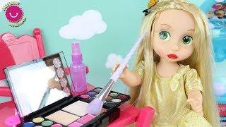 Rapunzel tiene una fiesta de disfraces para niñas - Make Up Kids Disney Princess Cosplay