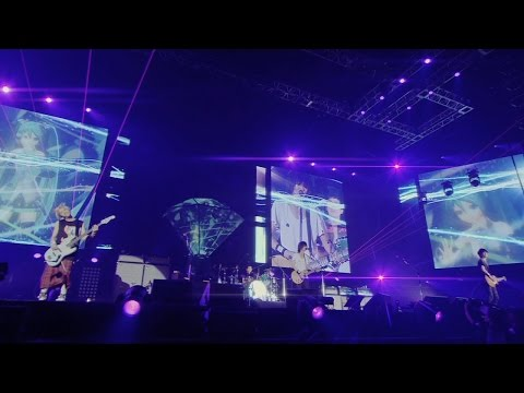 BUMP OF CHICKEN feat. HATSUNE MIKU「ray」LIVE MUSIC VIDEO