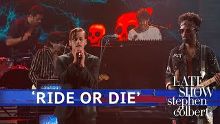 The Knocks ft. Foster The People Perform 'Ride Or Die'