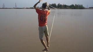 NTN - Thử Thách Đi Trên Dây Qua Sông (Walking across the river on a rope challenge)