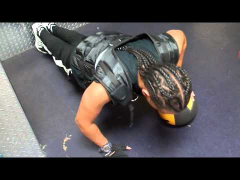 TRIZZO TV PRESENTS : TEAM BEYOND FITNESS 2014. MEDICINE BALL WORKOUT!