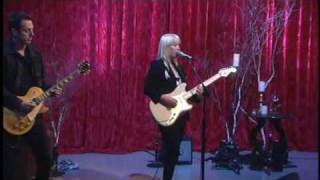 "Anya Marina Performing ""Satellite Heart"" on The Bonnie Hunt Show (LIVE)"