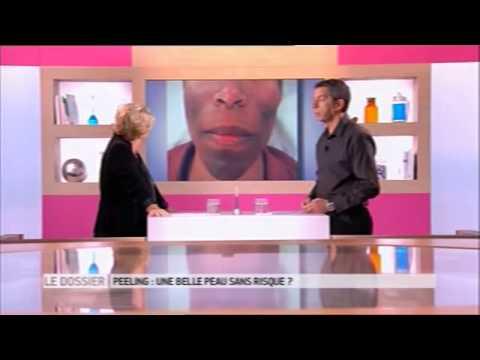 Le masque pour la peau sèche et le siècle