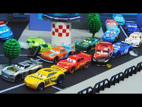 Cars 3 : City Piston Cup Race! - StopMotion