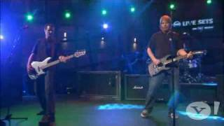 The Offspring - Come Out And Play live Yahoo 2008