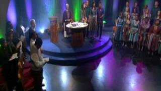 Discovery Gospel Choir - Falling at your feet (Lanois)