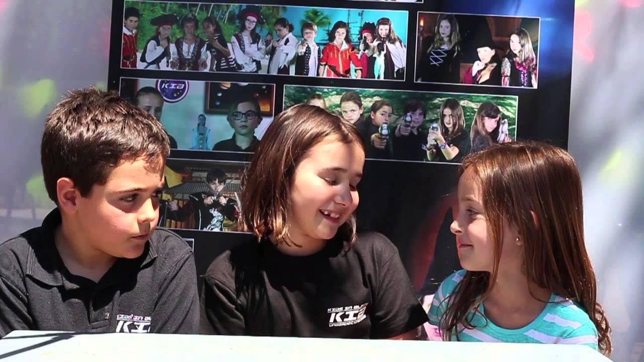 Entrevistas con los Kids in Black - Pablo entrevista a Julia e Inés
