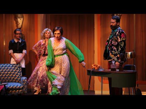 """Bande annonce du spectacle """"Aux Deux Colombes"""" de Sacha Guitry au théâtre Le Ranelagh...."""