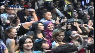 """Dewi Persik """" Kucing Garong """" DMD Show (25/2)"""