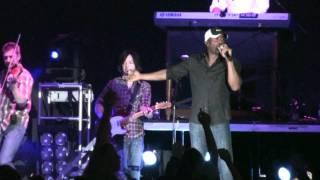 "Darius Rucker Covers ""Family Tradition"" (HD) Live at the New York State Fair on August 30, 2009"