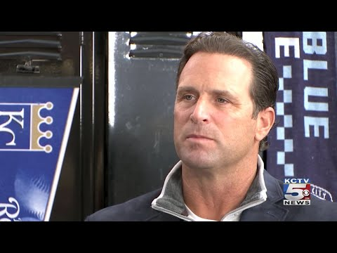 EXTENDED INTERVIEW: Mike Matheny sits down one-on-one with Dani Welniak