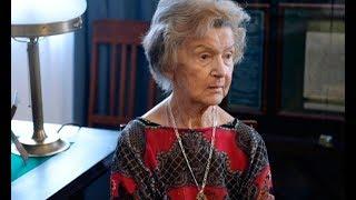 Легенде российского театра Юлии Борисовой уже 94 года, но она продолжает играть на сцене