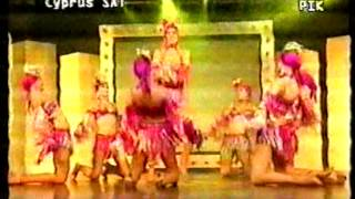 """Thalia's song at the end of the show """"Super Bingo"""" in Cyprus."""