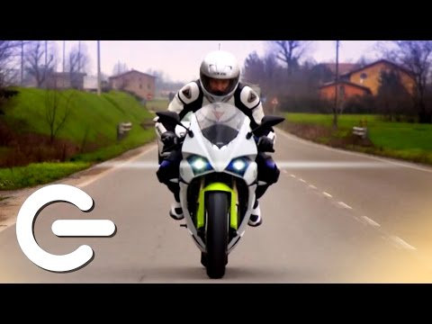 3D Printed Motorbike - The Gadget Show