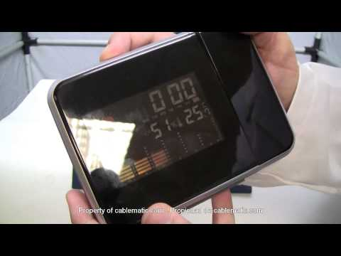 Reloj estación metereológica con proyección de la hora distribuido por CABLEMATIC ®
