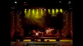 Festival de Viña 1986, Opus,  Live is life